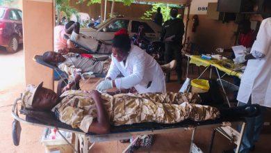 Photo of Ouagadougou: Des policiers donnent de leur sang pour sauver des vies