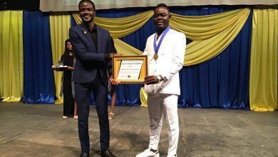 Photo of Burkina: Lajaguar reçoit le prix Youth heroes awards.